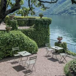 Mobilier d'extérieur chaise et table de terrasse