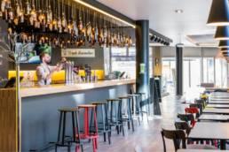 Aménagement Bar - Mobilier professionnel - Novotel de Lille