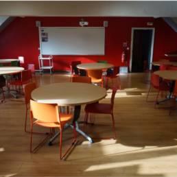 Ameublement salle de travail école ISTC