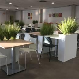 Ameublement moderne de salle de restauration - CPAM de Lille