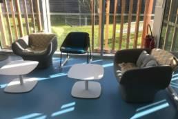 Ameublement espace lounge médiathèque de Templeuve